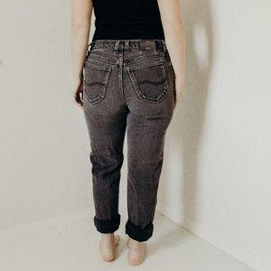 """Vintage Original Lee 28"""" Hi-Rise Jeans"""